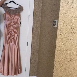 Mermaid tail prom dressNWT